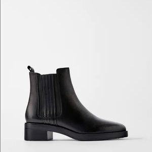 NWT ZARA Flat leather ankle boots moto stretch 7.5